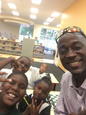 C2B Chess Children Taking A Selfie with King Kevin Dorival